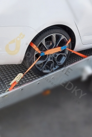 Gurtne na odťahovku 2 bodové, 3 tony - 3 dielne upínacie popruhy na zaistenie prepravovaných áut vyrobené podľa EN 12195-2.