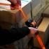 Samonavíjací pás s dvojitým hákom (Rollo) je ľahko použiteľný na zaistenie nákladu ľahkých a stredne ťažkých bremien